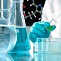 Ormesi indotta da nanoparticelle di metallo: un nuovo meccanismo di azione per i farmaci omeopatici.