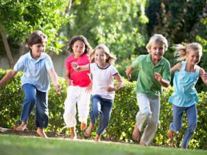 bambini gioco parco giardino