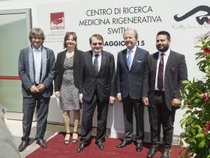Il Premio Nobel Luc Montagnier con il Prof. Carlo Ventura - Inaugurazione Laboratorio SWITH